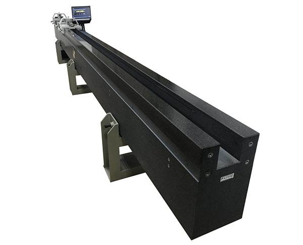 五米光栅测长机